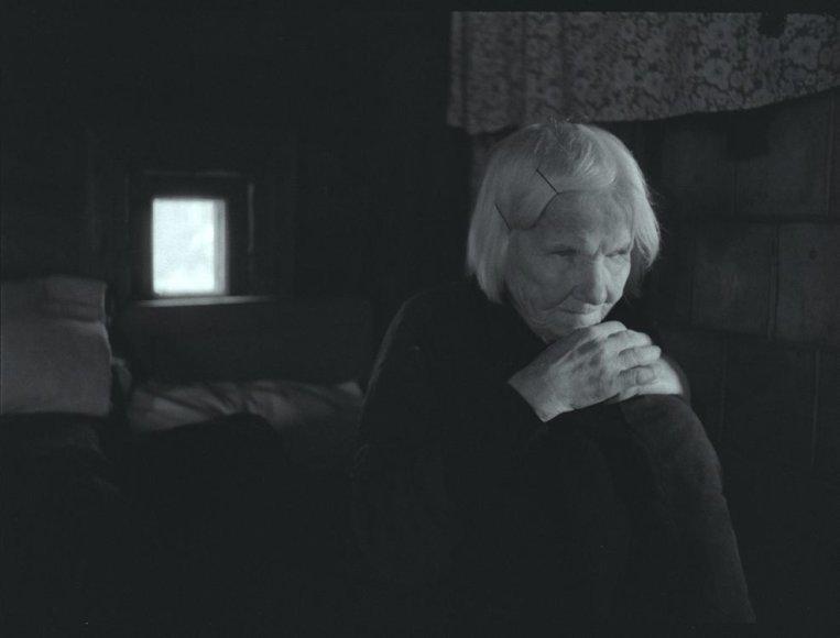 """Kadras iš Audriaus Stonio filmo """"Neregių žemė"""""""