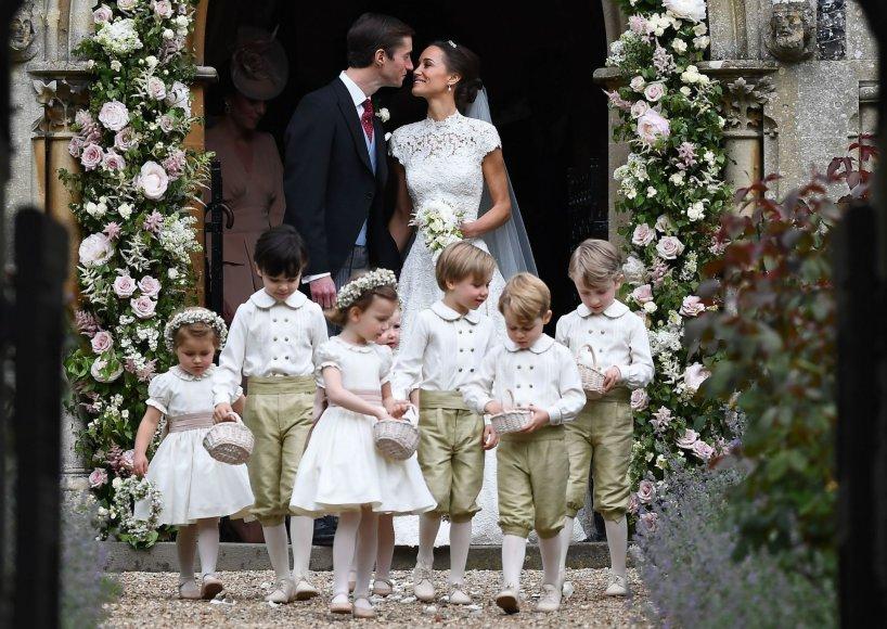 """AFP/""""Scanpix"""" nuotr./Pippa Middleton ir Jamesas Matthewsas"""