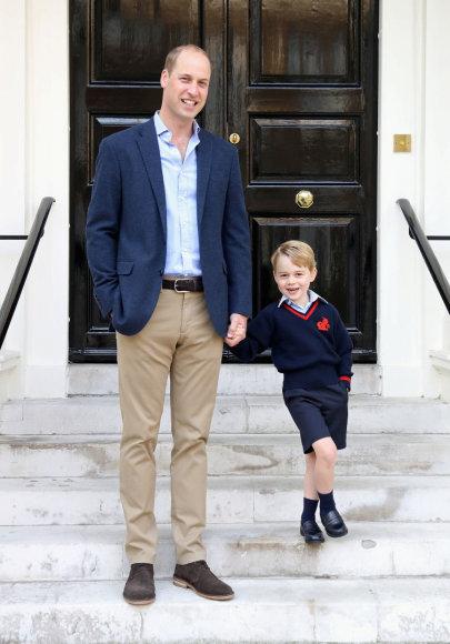 """Reuters""/""Scanpix"" nuotr./Princas Williamas su sūnumi princu George'u"