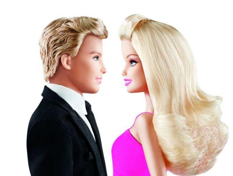 2011 Barbie ir Ken 2