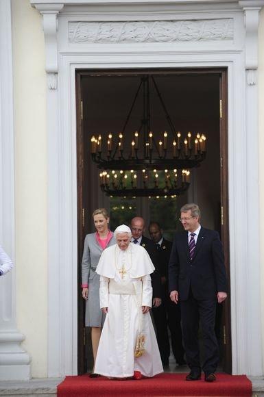 Popiežius Benediktas XVI atvyko į Vokietiją