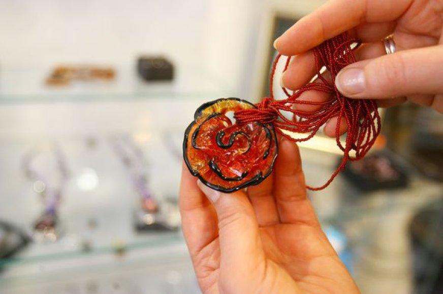 Venecijos stiklo papuošalai gaminami jau aštuonis šimtus metų.