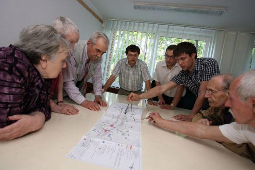 Žaliakalnio gyventojai domėjosi gatvių atnaujinimo planais.