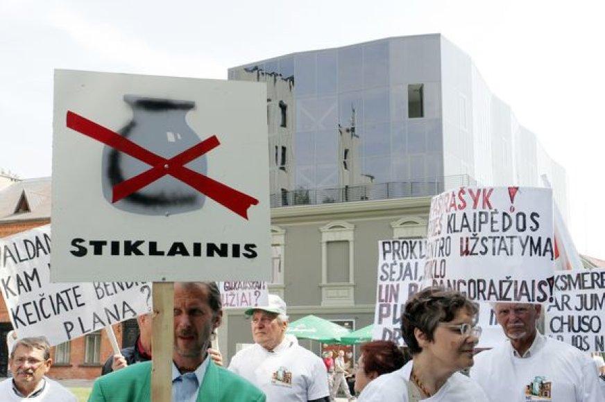 Mitinge prieš naujas statybas Laisvės alėjoje dalyvavo kelios dešimtys žmonių.