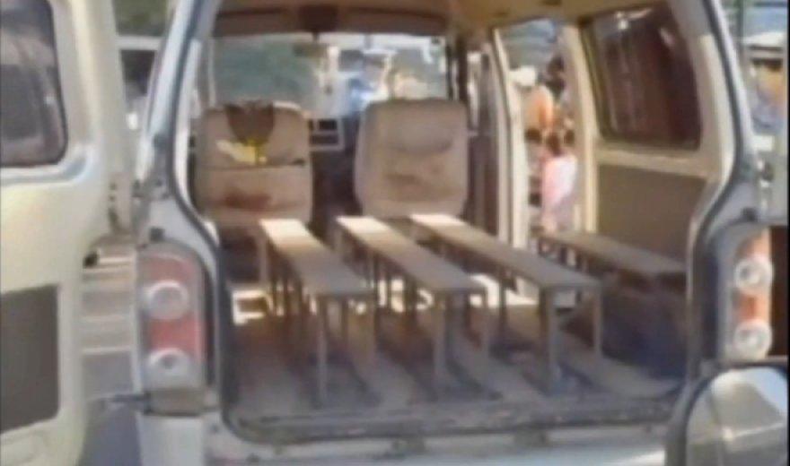 64  vaikai tilpo šiame autobusiuke