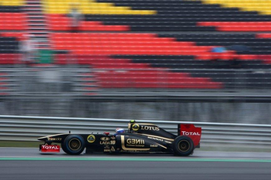 "Vitalijus Petrovas, ""Lotus Renault"""