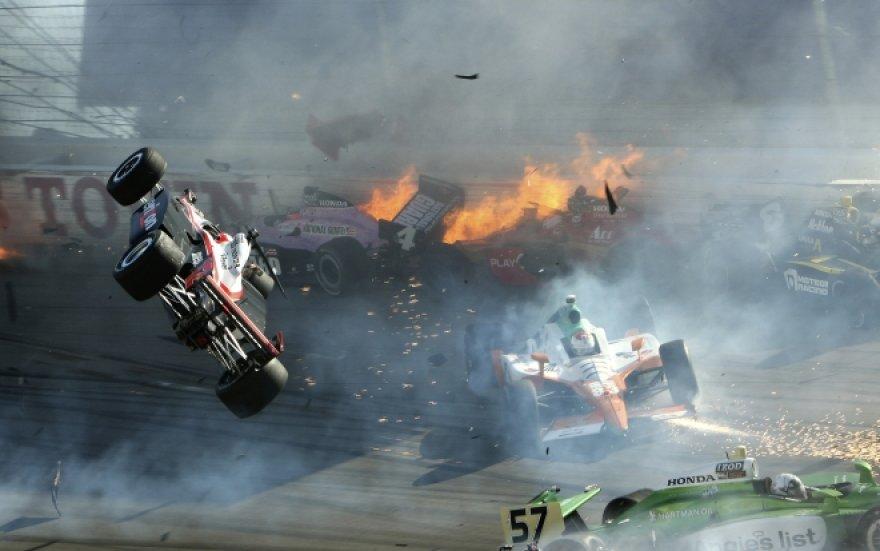 """Tragiška avarija """"IndyCar"""" lenktynėse Las Vegase"""