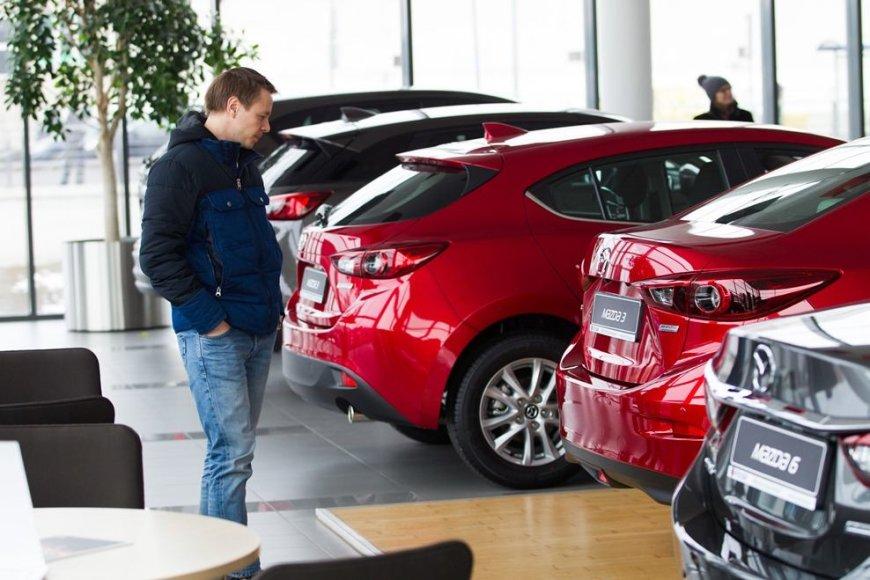 """Inchcape Motors"" nuotr./Atnaujinta ""Mazda3"" – ""Inchcape Motors"" salone"