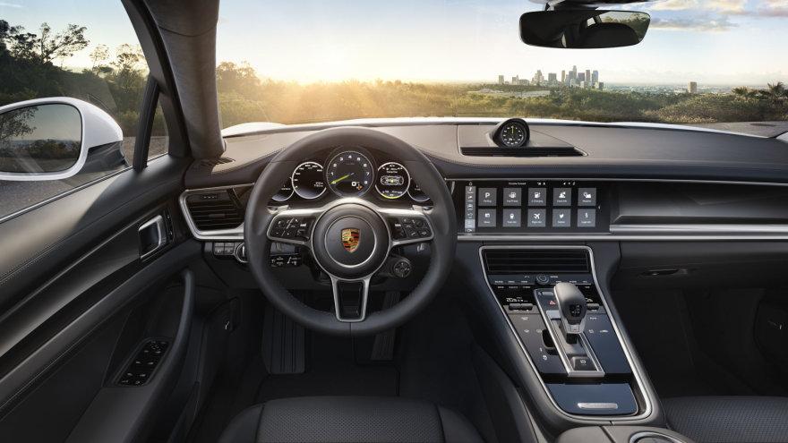 """""""Porsche"""" nuotr./""""Porsche Panamera 4 E-Hybrid"""""""