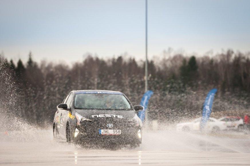 """Vytauto Pilkausko nuotr./""""Toyota Prius"""""""
