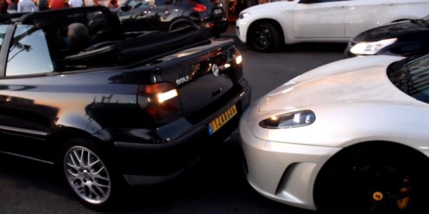 """VW Golf"" stumteli ""Ferrari F430"""