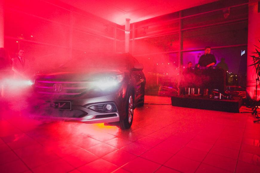 """""""Honda CR-V"""" pristatymas """"Nippon Auto"""" salone"""