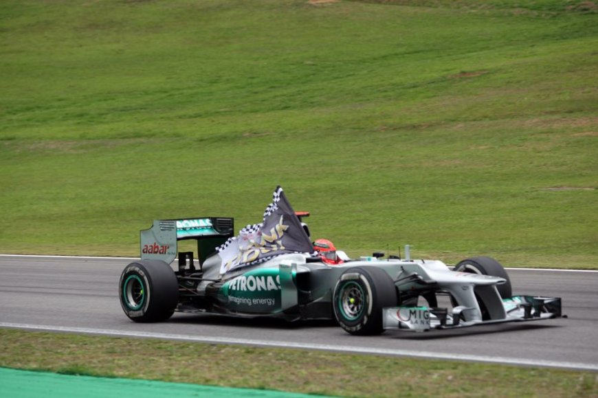 """Mercedes GP"" bolidas"