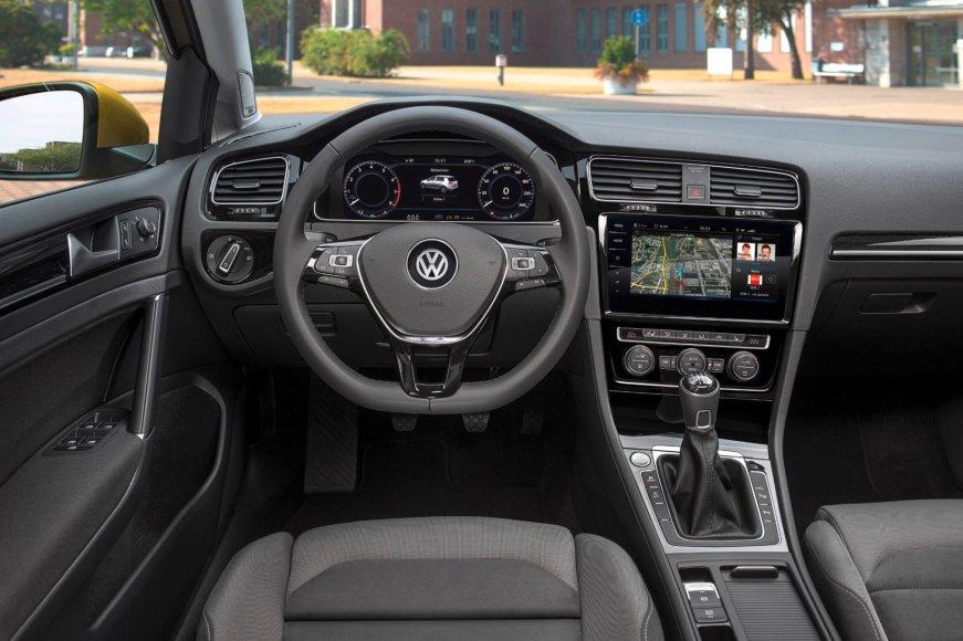 """Atnaujintas septintos kartos """"Volkswagen Golf"""""""