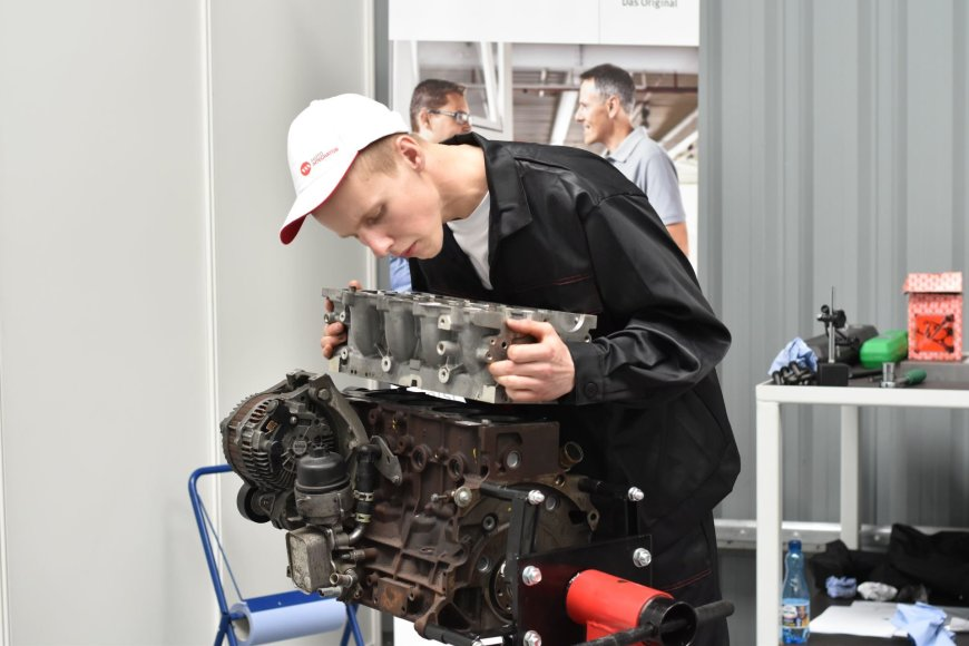 """Young Car Mechanic"" konkursas"