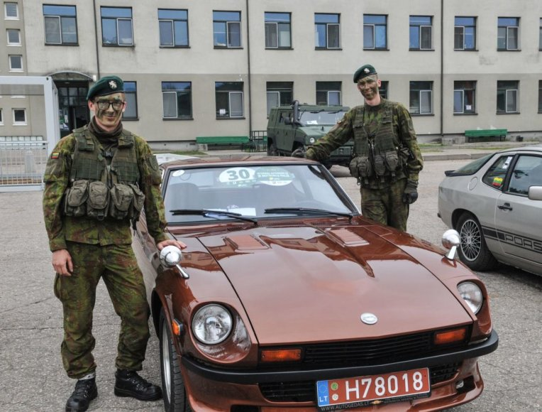 Algimanto Brazaičio nuotr./Istorinių automobilių ralis Jonavoje