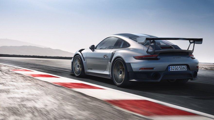 """Porsche"" nuotr./""Porsche 911 GT2 RS"""
