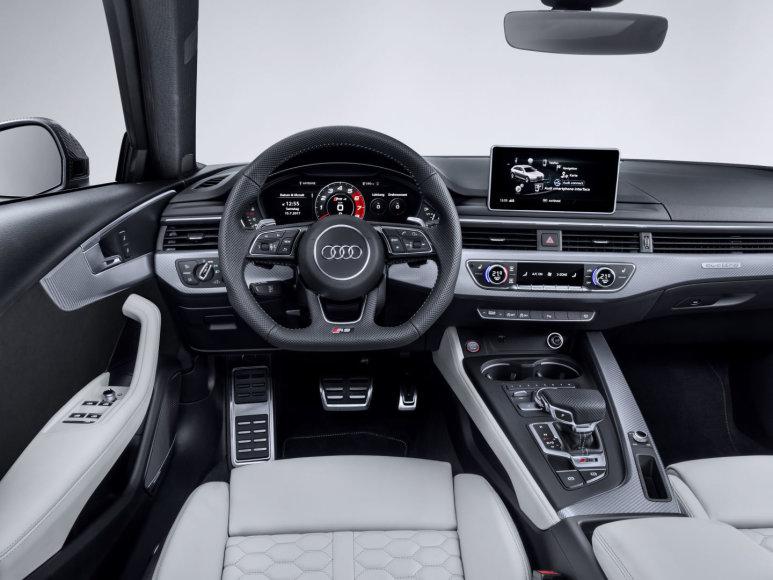 """""""Audi RS4"""""""