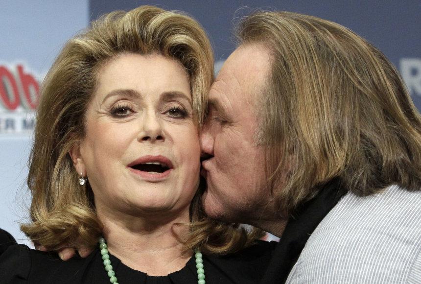 """Scanpix"" nuotr./Catherine Deneuve ir Gerardas Depardieu"
