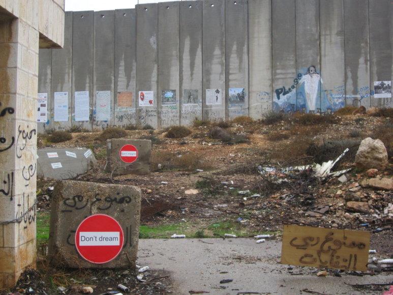 Jono Ohmano ir Loretos Pivoriūnaitės nuotr./Lietuvių specialistai dirba su palestiniečių paaugliais