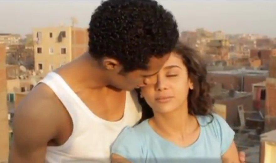 """Kadras iš filmo """"Cairo Exit"""""""