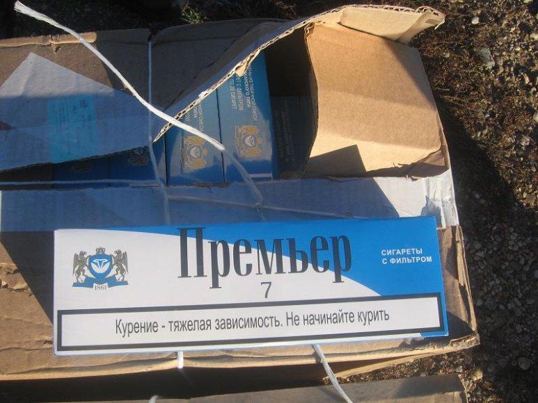 Varėnos rinktinės Purvėnų užkardos pasienietis automobilyje aptiko kontrabandines cigaretes.