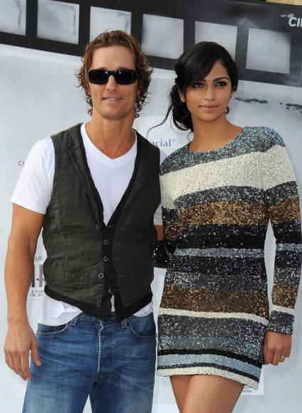 Matthew McConaughey su savo sužadėtine Camila Alves