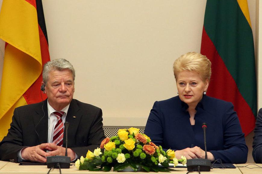Dalia Grybauskaitė drauge su Lietuvoje viešinčiu Vokietijos vadovu Joachimu Gaucku atidarė Lietuvos ir Vokietijos verslo forumą