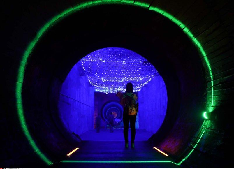 """""""Scanpix""""/""""Sipa USA"""" nuotr./Nauja turistų atrakcija Kinijoje: slapta Šaltojo karo branduolinė bazė kalnuose"""