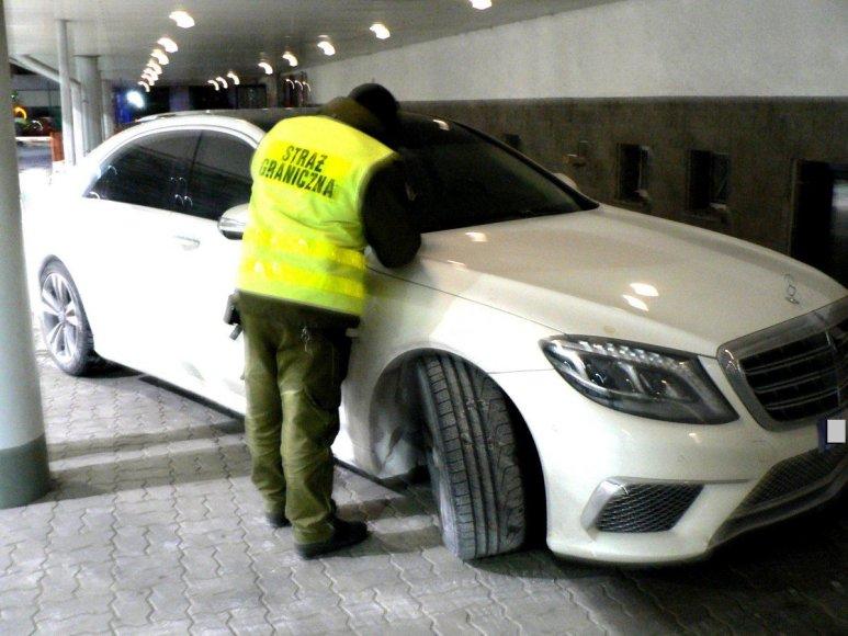 "Bieszczadzki OSG nuotr./Lietuvoje pavogtas ""Mercedes Benz S350"""