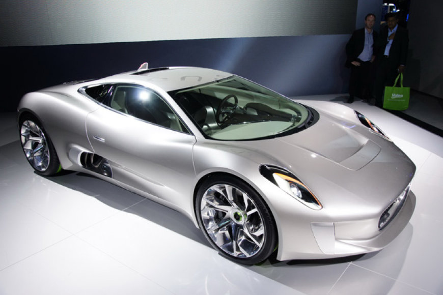 """Jaguar C-X75"""