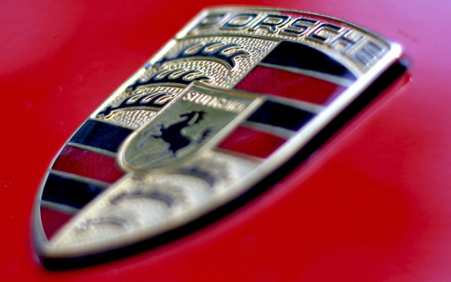 """""""Porsche"""" logotipas"""