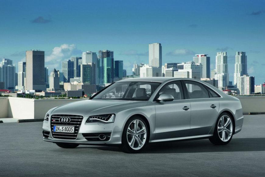 """2012-ųjų """"Audi S8"""""""