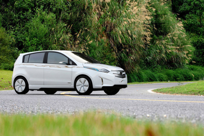 """""""Chevrolet Sail EV Concept"""""""