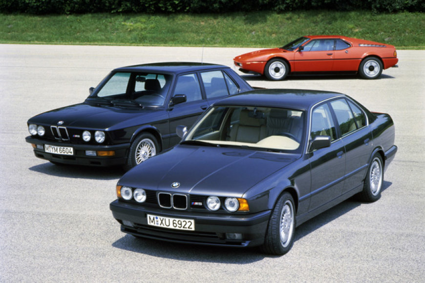 BMW M5 (E28 ir E34) bei BMW M1