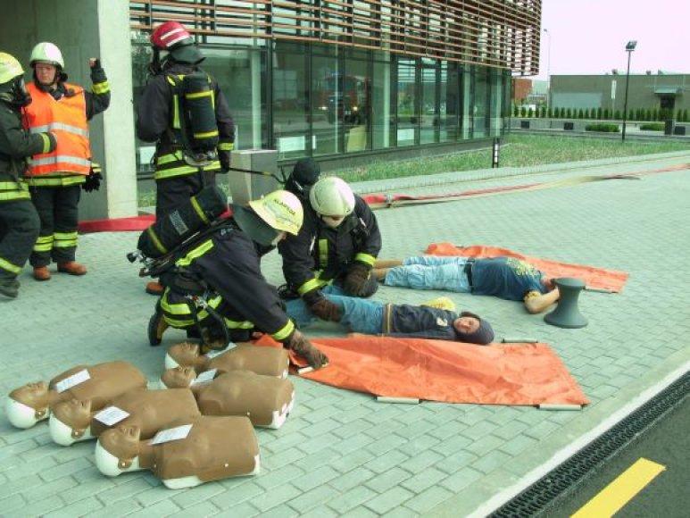 Pratybos parodė, kad tarnybos ekstremalioms situacijoms pasirengusios.