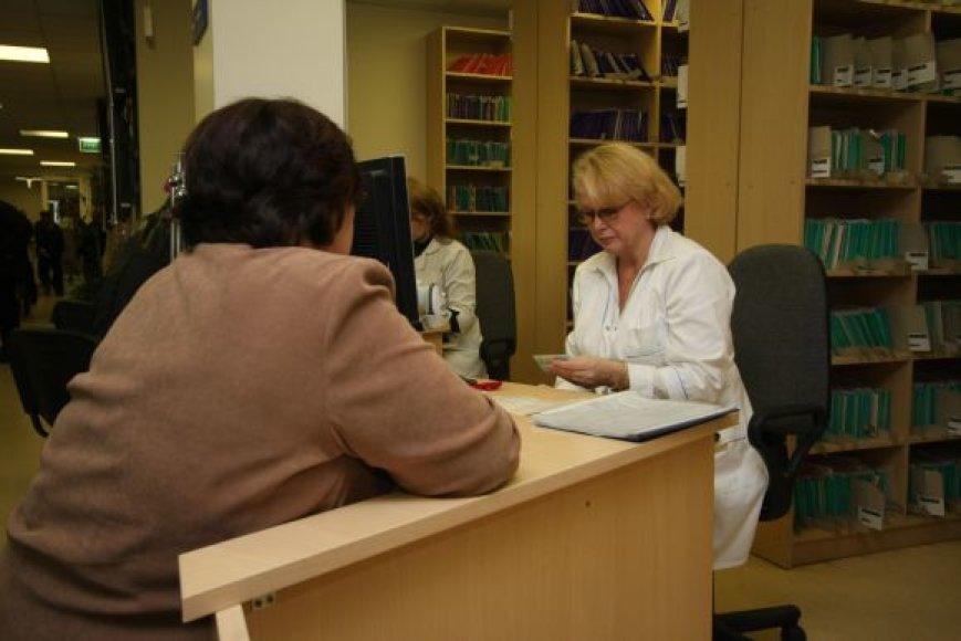 Į Lietuvą grįžę ir pas gydytoją apsilankyti panorę tautiečiai nustemba, kai jų paprašoma susimokėti.