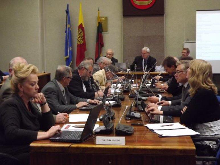 Klaipėdos politikai sutinka, kad ligoninės būtų jungiamos, tačiau junginio šeimininke turėtų būti kartu su ministerija.