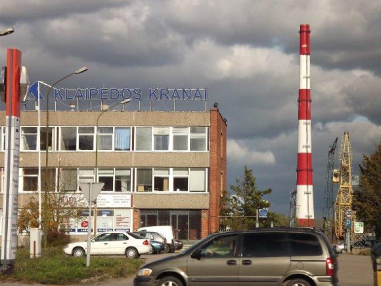 """Bendrovė """"Klaipėdos kranai"""" įsiskolinusi ne tik buvusiems darbuotojams, bet ir bankams, """"Sodrai"""" bei mokesčių inspekcijai."""
