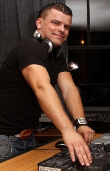 DJ MIndeep