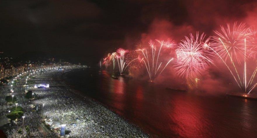Rio paplūdimys viena masiškiausių šventimo vietų pasaulyje