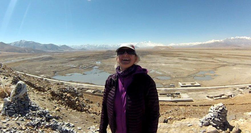 Edita ir tolumoje švytintis Everestas