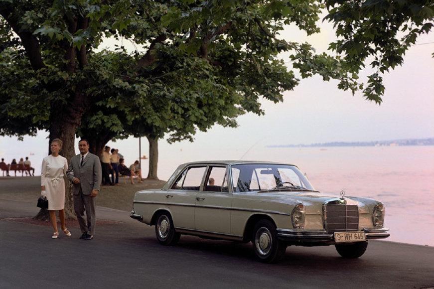 """S klasės """"Mercedes-Benz"""""""