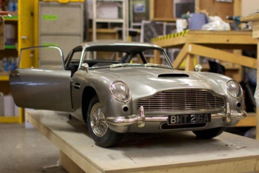 """""""Aston Martin DB5"""" muliažas"""