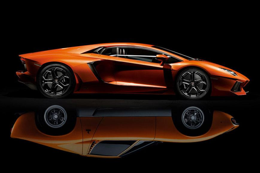"""""""Lamborghini Aventador"""" ir """"Lamborghini Miura"""""""