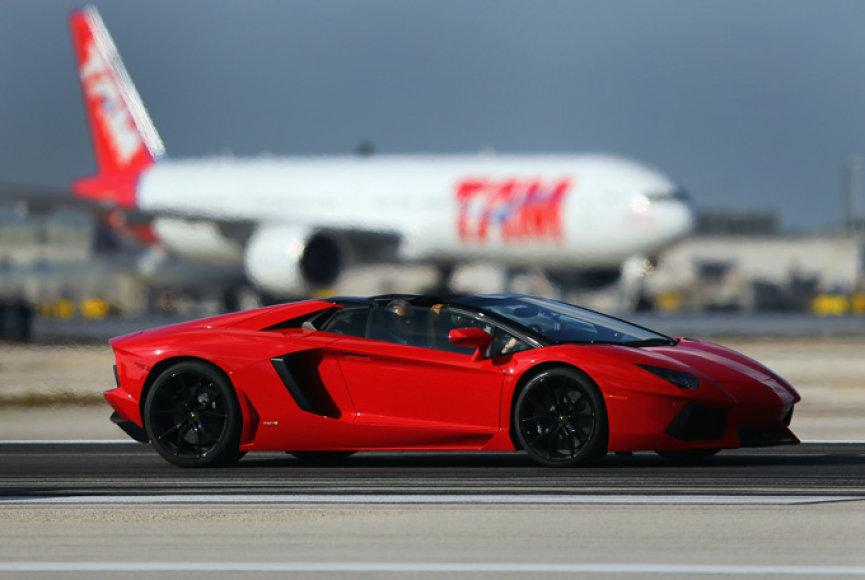 """Lamborghini Aventador LP700-4 Roadster"""