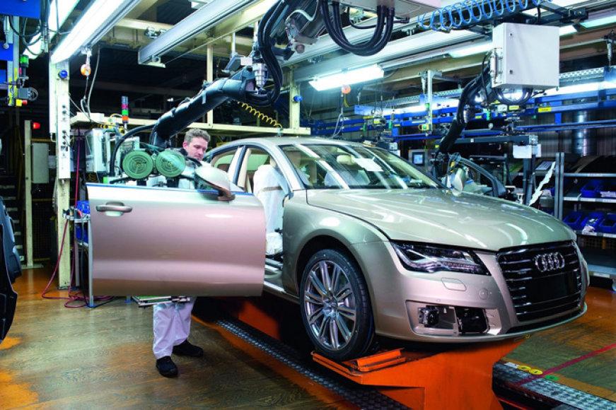 """""""Audi A7 Sportback"""" surinkimo linija"""