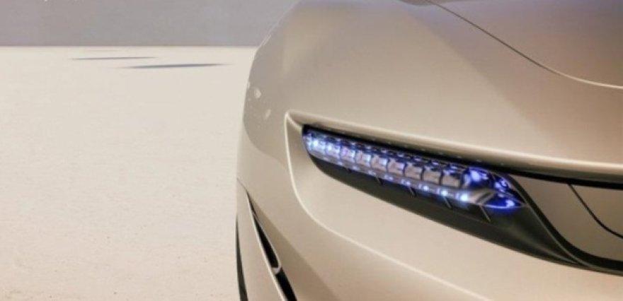 """""""Pininfarina"""" užsimena apie koncepcinį sedaną"""