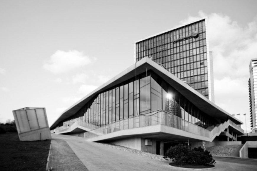 """Swedbank"" administracinis pastatas"