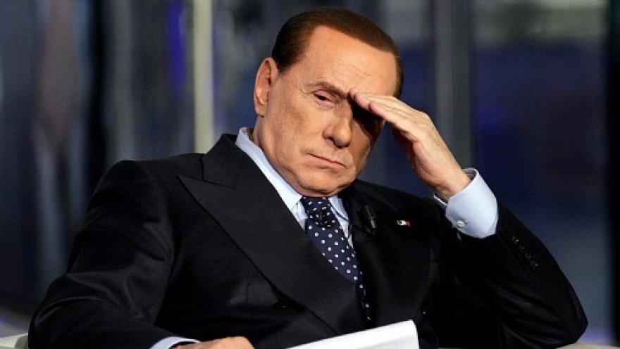 Берлускони хотел ликвидировать Каддафи
